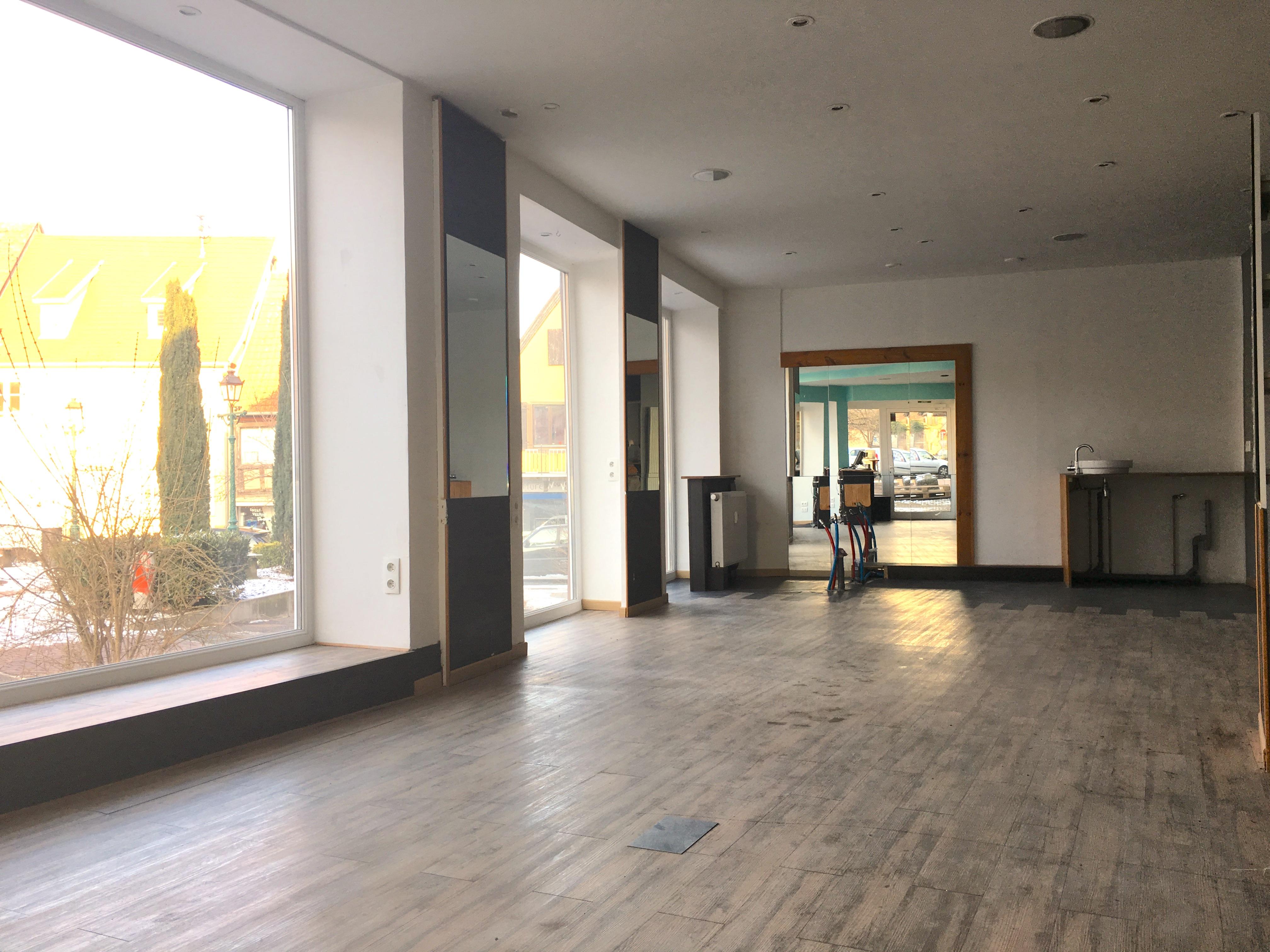 show room vue 2
