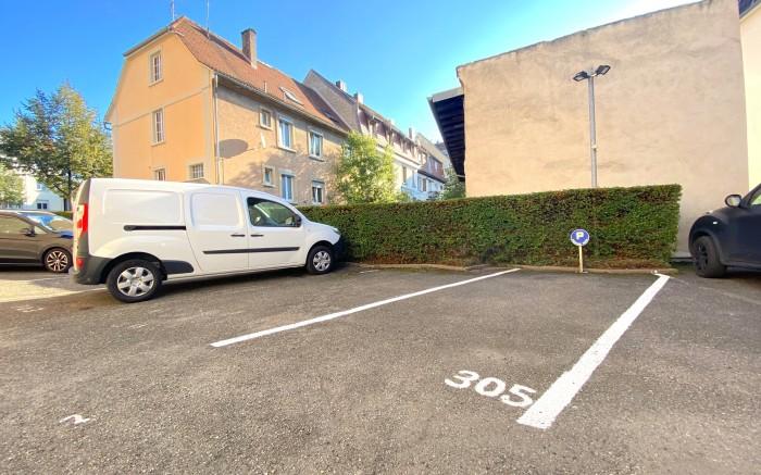 place de stationnement privative